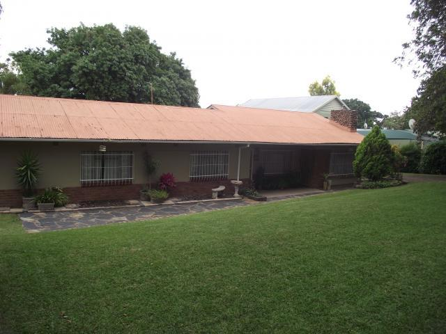 3 Bedroom House for Sale For Sale in Nelspruit Central - Private Sale - MR096613
