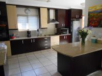 Kitchen - 18 square meters of property in Amorosa A.H.