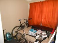 Bed Room 1 - 8 square meters of property in Weltevreden Park
