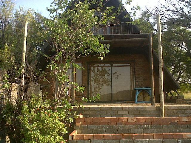 2 Bedroom Sectional Title For Sale in Magaliesburg - Private Sale - MR096663