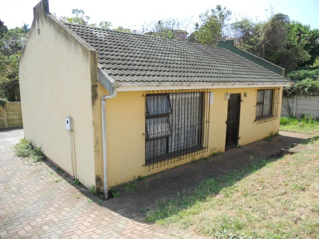 Standard Bank EasySell 3 Bedroom House For Sale in Earlsfield - MR096678