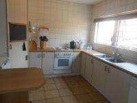 Kitchen - 20 square meters of property in Willow Park Manor
