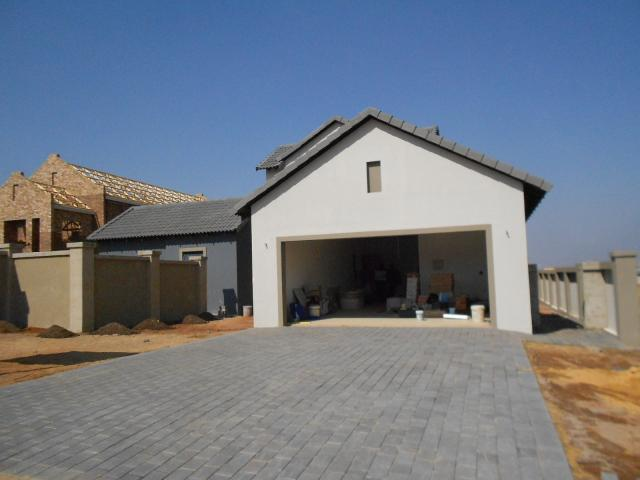 4 Bedroom House for Sale For Sale in Midstream Estate - Home Sell - MR096826