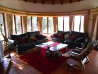 Lounges - 96 square meters of property in Krugersdorp