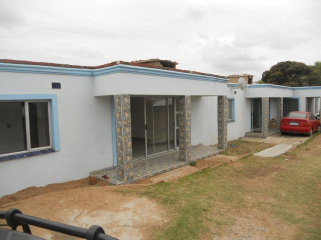 2 Bedroom Duplex for Sale For Sale in Durban Central - Home Sell - MR096857