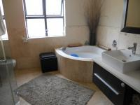 Bathroom 1 - 12 square meters of property in Big bay