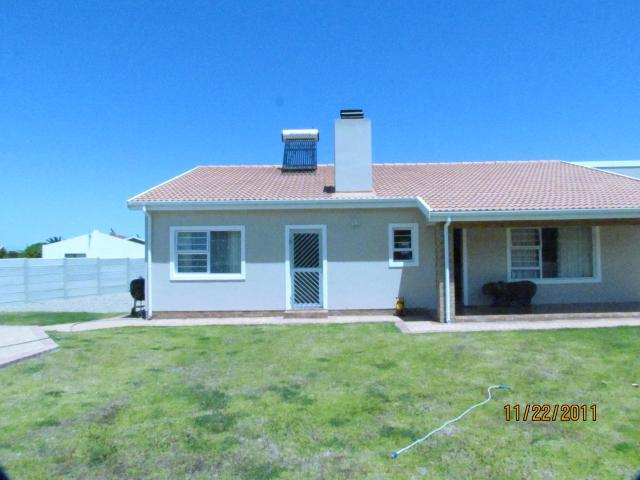 3 Bedroom House for Sale For Sale in Gansbaai - Private Sale - MR096871