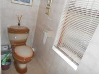 Main Bathroom - 5 square meters of property in Eldoraigne