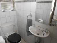 Bathroom 1 - 1 square meters of property in Wierdapark