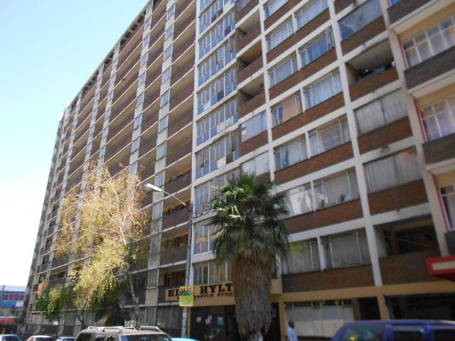 1 Bedroom Apartment for Sale For Sale in Hillbrow - Home Sell - MR096928