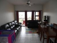 Lounges - 13 square meters of property in Reservior Hills