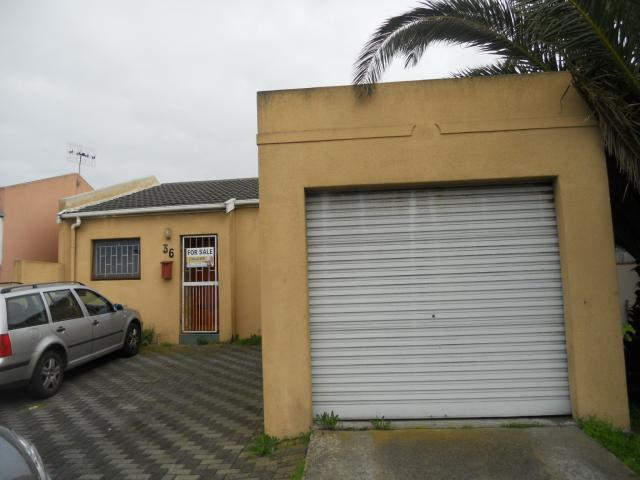 3 Bedroom House for Sale For Sale in Milnerton - Private Sale - MR096940