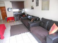 Lounges - 16 square meters of property in Milnerton