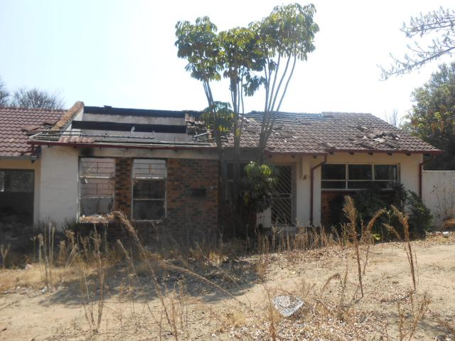 Absa Bank Trust Property House for Sale For Sale in The Reeds - MR096965