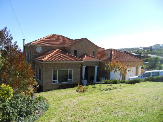 3 Bedroom House for Sale For Sale in Mossel Bay - Home Sell - MR096978