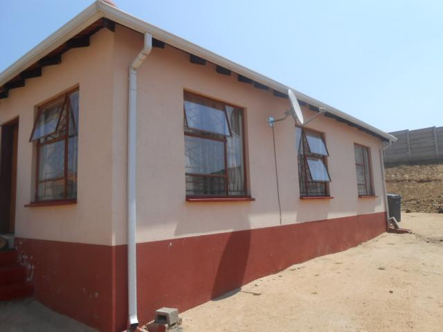 3 Bedroom House for Sale For Sale in Olievenhoutbos - Private Sale - MR096991