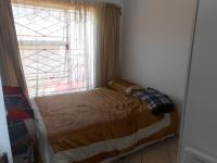 Bed Room 1 - 9 square meters of property in Olievenhoutbos