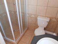 Main Bathroom - 7 square meters