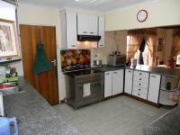 Kitchen - 15 square meters of property in Woodview