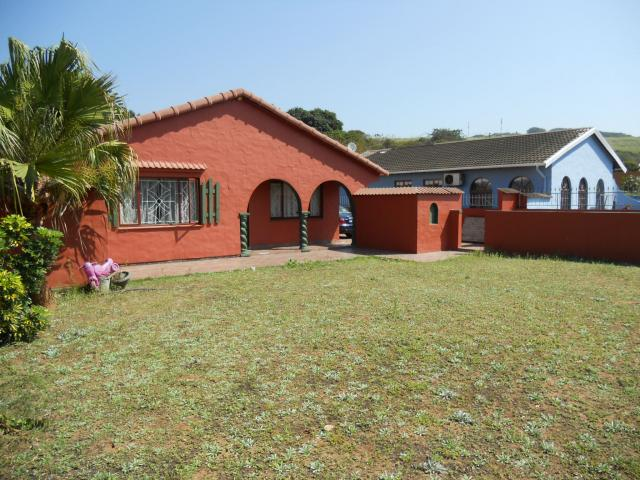 4 Bedroom House For Sale in Durban North  - Home Sell - MR097026
