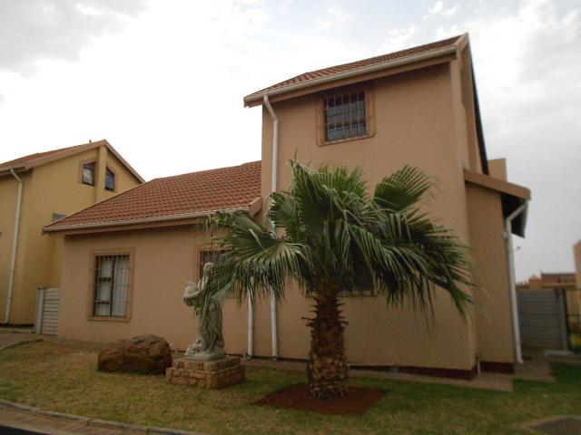 3 Bedroom House for Sale For Sale in Vanderbijlpark - Private Sale - MR097072