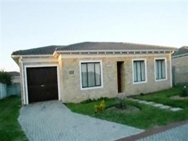 Standard Bank EasySell 3 Bedroom House for Sale For Sale in Parsons Vlei - MR099019