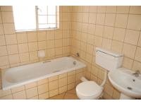Main Bathroom - 6 square meters of property in Capital Park
