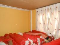 Bed Room 1 - 14 square meters of property in Lenasia