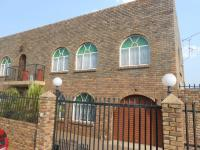 7 Bedroom 3 Bathroom in Laudium