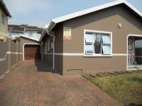 3 Bedroom 2 Bathroom in Woodview