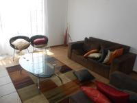 Lounges - 60 square meters of property in Theresapark