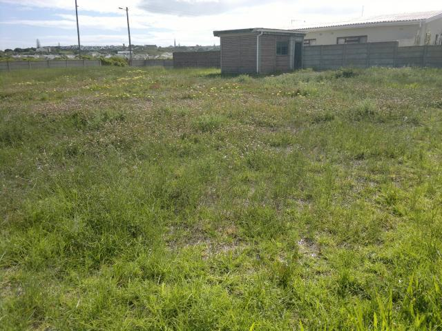 Land For Sale in Stilbaai (Still Bay) - Home Sell - MR099107