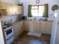 Kitchen - 13 square meters of property in Mossel Bay