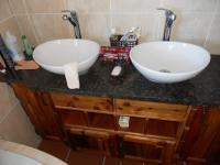 Main Bathroom - 10 square meters of property in Mossel Bay