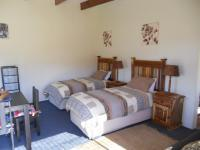 Bed Room 3 - 12 square meters of property in Mossel Bay
