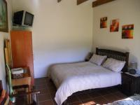 Bed Room 4 - 12 square meters of property in Mossel Bay