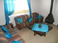 Lounges - 14 square meters of property in Hagley