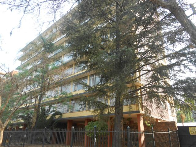 3 Bedroom Apartment for Sale For Sale in Pretoria Central - Private Sale - MR099244