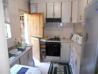 Kitchen - 8 square meters of property in Montclair
