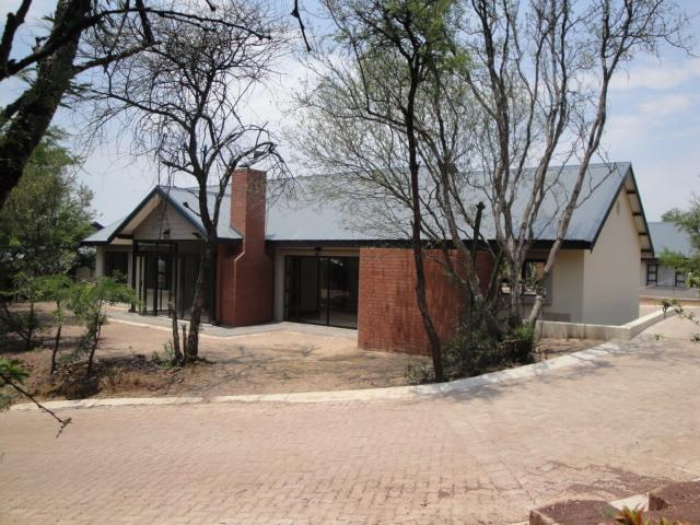 3 Bedroom Retirement Home for Sale For Sale in Mookgopong (Naboomspruit) - Home Sell - MR099317