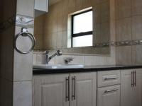 Main Bathroom - 5 square meters of property in Mookgopong (Naboomspruit)