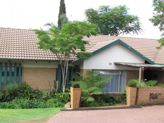 4 Bedroom House for Sale For Sale in Emalahleni (Witbank)  - Private Sale - MR099353