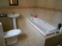 Bathroom 2 - 5 square meters of property in Noordwyk