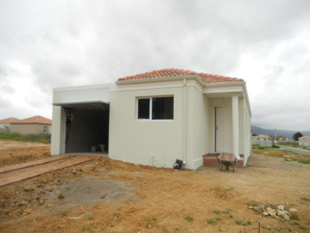 3 Bedroom House for Sale For Sale in Paarl - Home Sell - MR099376