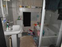 Main Bathroom - 5 square meters of property in Brenthurst