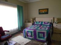 Main Bedroom - 25 square meters of property in Heidelberg - GP