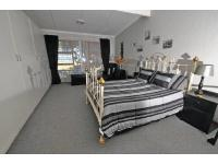 Main Bedroom - 24 square meters of property in Port Alfred