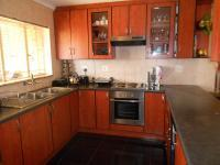 Kitchen - 12 square meters of property in Lindhaven