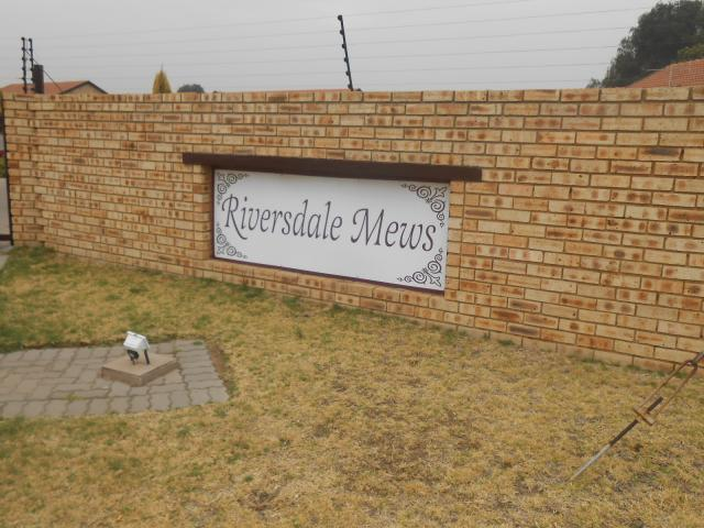 2 Bedroom Sectional Title for Sale For Sale in Riversdale - Home Sell - MR099528