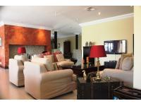 Lounges - 123 square meters of property in Hartbeespoort